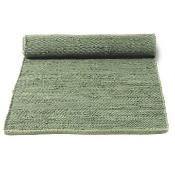 tapis vert olive en coton upcyclé