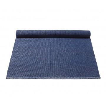tapis en plastique recyclé bleu foncé